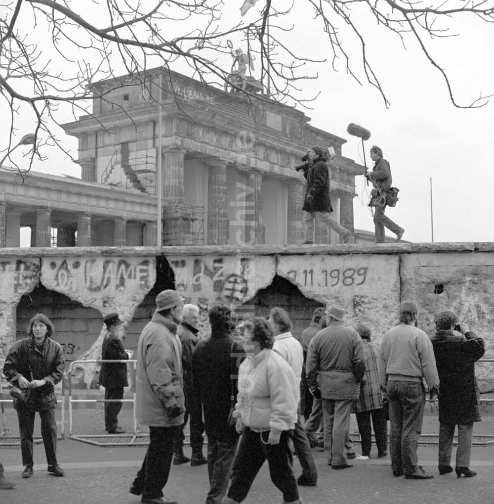 DDR-Fotoarchiv: Berlin - Abriss der Mauer in Berlin