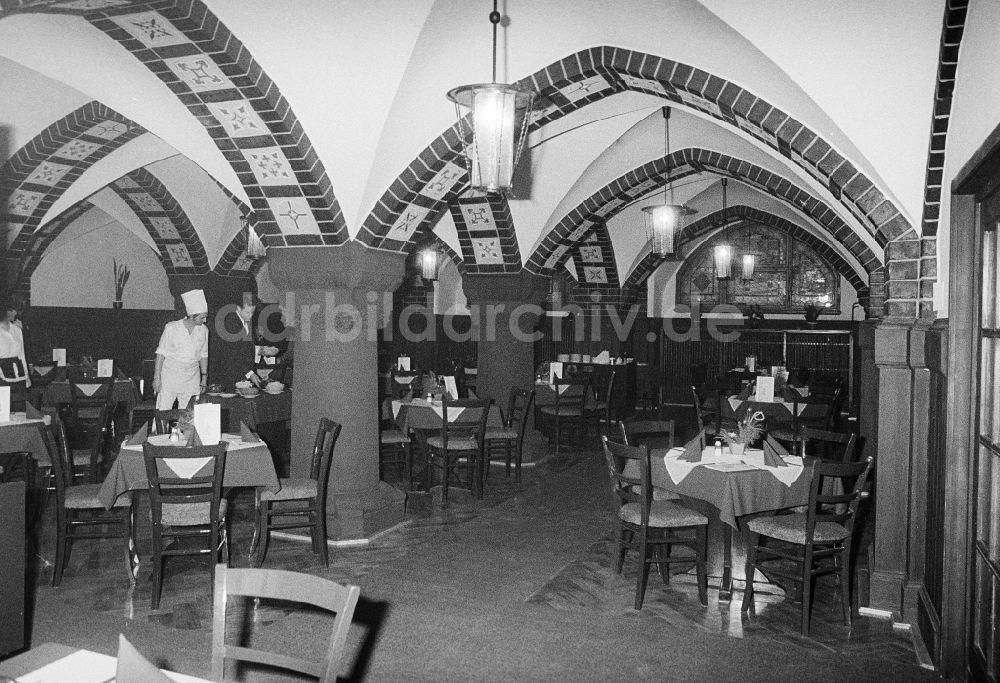 Berlin: Blick in den Ratskeller Köpenick - Restaurant ...