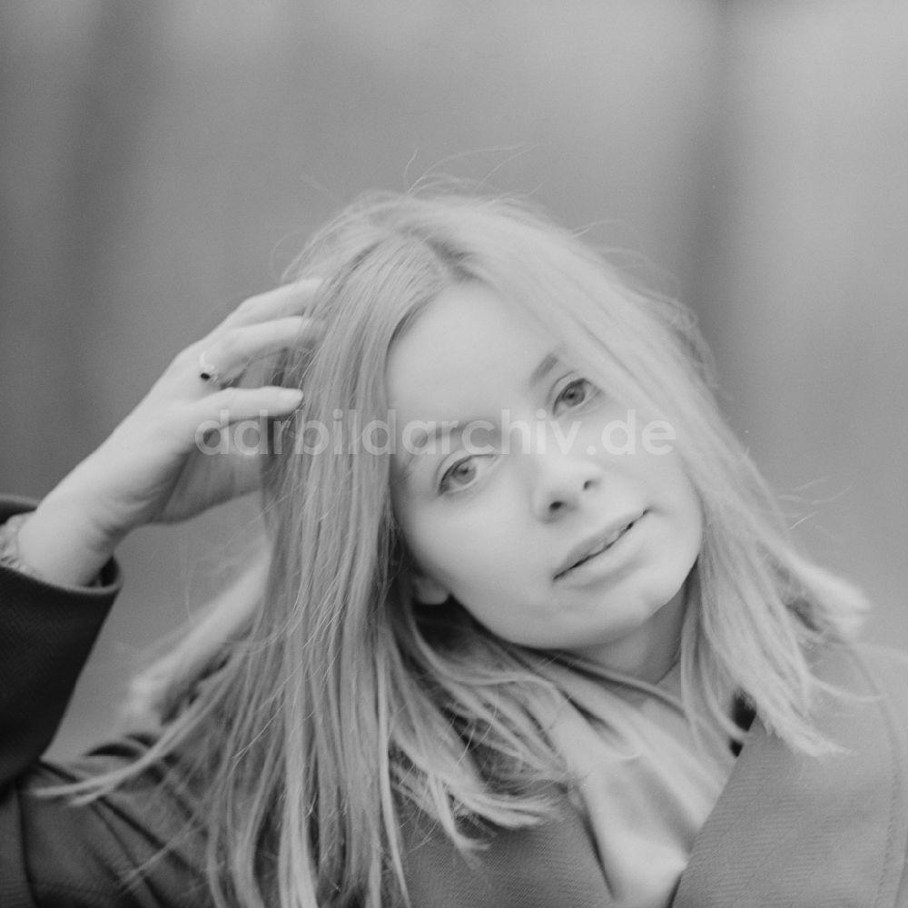 Evelyn Opoczynski Nude Photos 64