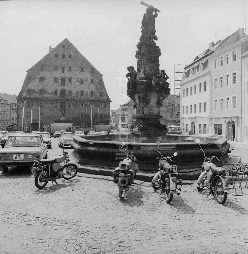 Paysage des 2 roues : hier et aujourd'hui Ddr-fotos-herkulesbrunnen-zittau-sachsen-gebiet-ehemaligen-ddr-deutsche-demokratische-republik-66065