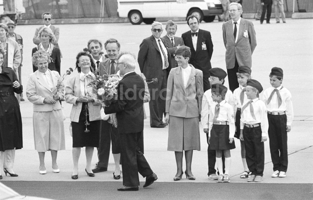 Bonn: Honecker-Besuch in Bonn