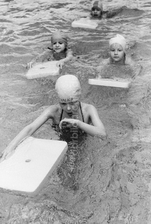 Schwimmunterricht Ddr