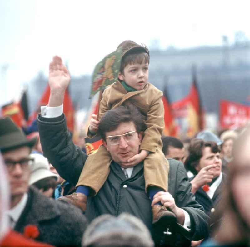DDR - Mai-Demonstration 1970