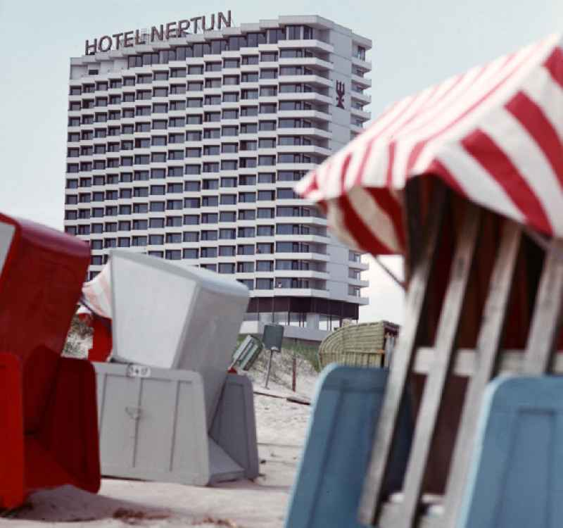 DDR - Neptun-Hotel in Warnemünde 1972